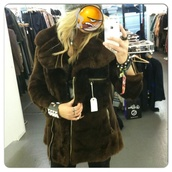 coat,faux fur,brown coat,with zips,winter coat,london
