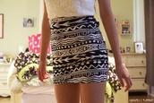skirt,cute,short,tribal pattern,aztec,print,black,whiite,style