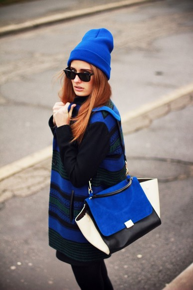 bag blue bag black bag