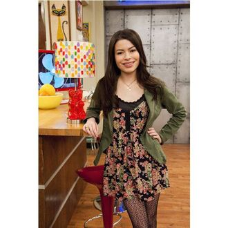 dress green jacket green nickelodeon nickelodeon characters miranda cosgrove icarly jacket tights floral floral dress black floral dress black sexy sexy outifts carly shay necklace jewels home accessory
