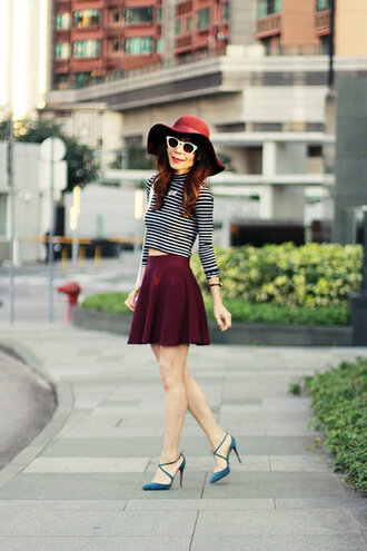 mochaccinoland blogger top hat skirt sunglasses jewels bag shoes