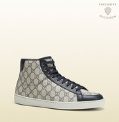 shoes,gucci sneakers,black/white sneakers,amazing,logo,white / black / grey,black / white / grey shoes gucci,made in italy,beige,blue gg supreme,blogger,leather,grey,sneakers,high top sneakers,high tops,black,grey sneakers,white,fashion,outlet,menswear,man fashion,gucci,gucci sneaker,guys,gucci logo