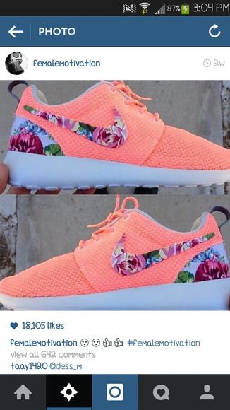shoes orange peach nike roshe run trainers gymwear running shoes grey pattern