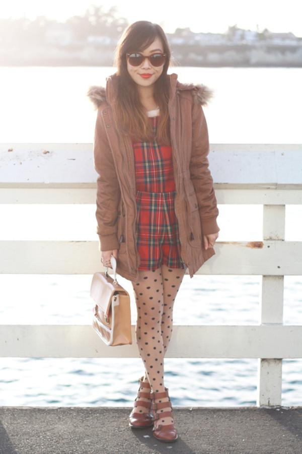 it's not her it's me shorts sweater coat jacket sunglasses bag shoes