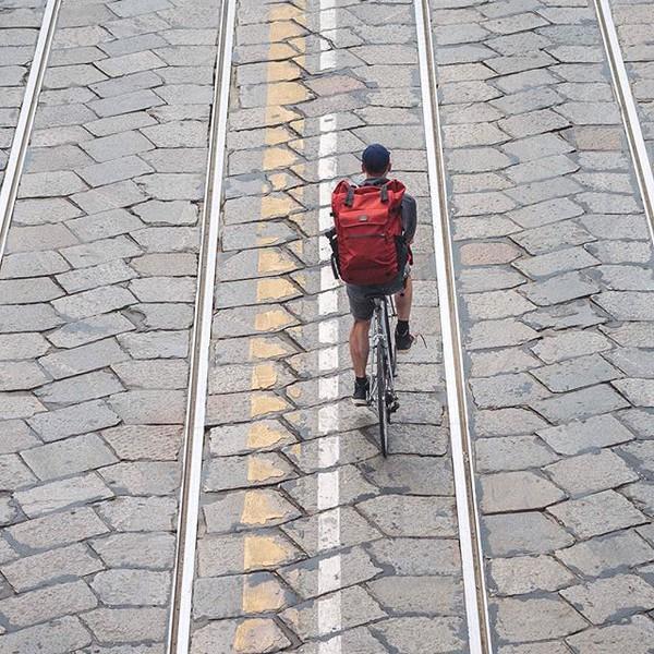 bag sacados rucksack nahrbtnik рюкзак rygsæk mochila zaino rugzak ryggsekk batoh reppu ryggsäck seljakott rolltop velotton milan style cycling bike velo rolltop backpack