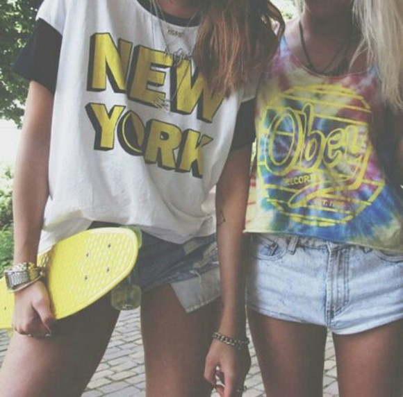 t-shirt new york city summer outfits obey penny board yellow