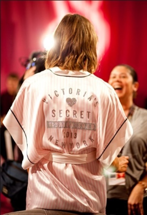 robe pink victoria's secret runway victoria's secret model model victoria's secret model nightwear