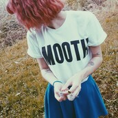 t-shirt,quote on it,girl,teenagers,flowers,skater skirt,cool,sweet,amazing,flawless,dream,noah,new york city