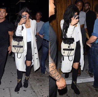 bag white black kylie jenner