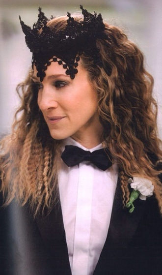 hat crown black fascinator carriebradshaw carrie bradshaw outfit sarah jessica parker black lace black hat halloween accessory