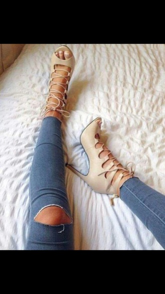 shoes nude heels jeans