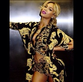 blouse,versace,shorts,top,beyonce,fashion,swag,beautiful,yellow,gold,black,fabulous,girly,black and gold,luxury