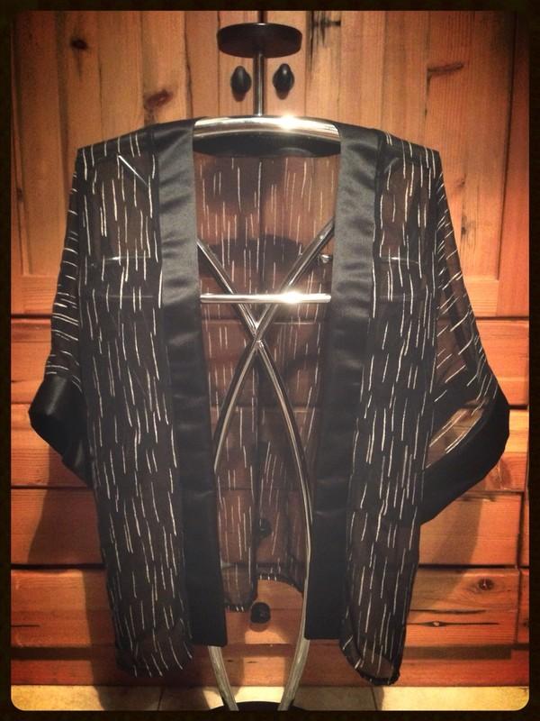 blouse kimono black sheer sheer cover up black bag with gold details