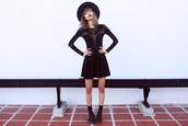 bloody rosess,blogger,felt hat,little black dress,see through