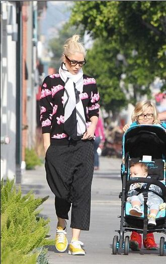 gwen stefani sneakers moschino sweater shoes
