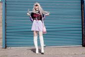 kayla hadlington,blogger,t-shirt,bag,skirt,shoes,sunglasses,lace up skirt