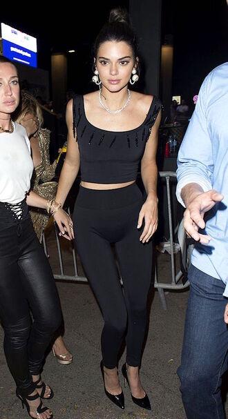 le fashion image blogger jewels top leggings