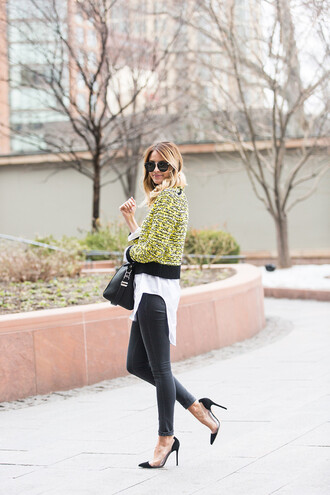 ivory lane blogger sweater sunglasses yellow white top black jeans black heels black bag