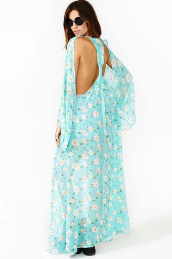 Desert Bloom Kimono  in  Clothes Going Fast  at Nasty Gal