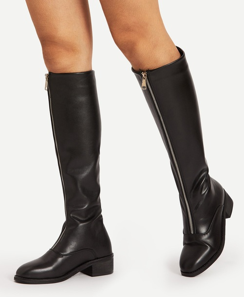 shoes girly black leather leather boots boots zip zip-up knee high boots knee high black boots winter boots