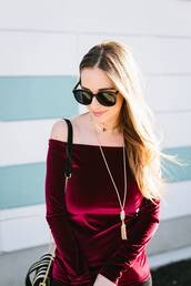 top,tumblr,red top,burgundy,burgundy top,off the shoulder,off the shoulder top,velvet,velvet top,necklace,gold necklace,sunglasses,black sunglasses,gold jewelry,gold choker,choker necklace,jewels,jewelry