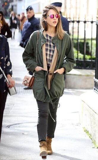 top jessica alba streetstyle fashion week 2016 paris fashion week 2016 jeans parka jacket nordstrom pocket jacket