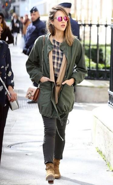 Top Jessica Alba Streetstyle Fashion Week 2016 Paris Fashion Week 2016 Jeans Parka Jacket
