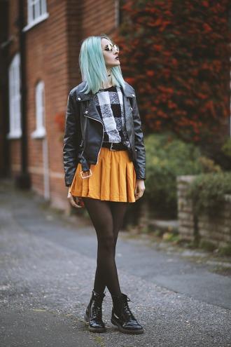 gina vadana vintageena blogger mini skirt rust plaid black leather jacket drmartens