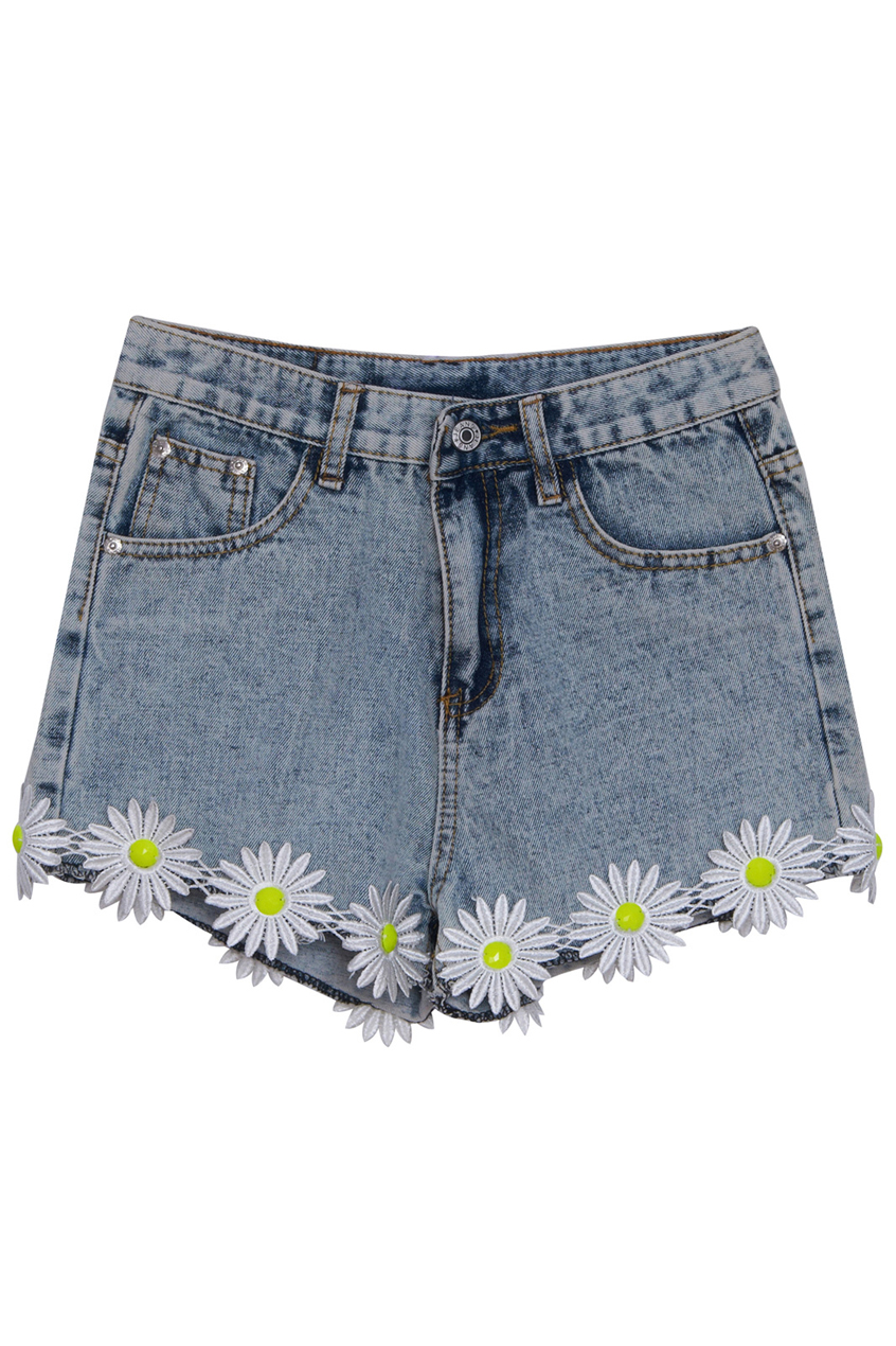 Daisy embellished edge denim shorts, the latest street fashion