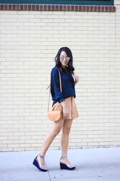 refined couture,blogger,top,skirt,shoes,sunglasses,bag,blue shirt,shirt,mirrored sunglasses,silver sunglasses,suede skirt,camel skirt,button up,button up skirt,mini skirt,brown bag,shoulder bag,sandals,wedges,wedge sandals,striped shoes,summer outfits