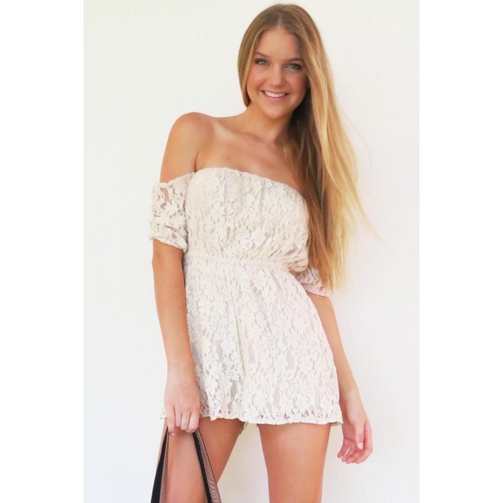 Shoulderless lace playsuit
