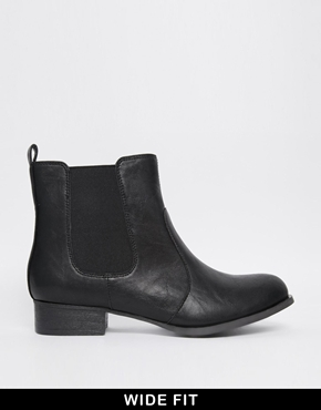 New Look - Coupe large | New Look - Binx - Bottines larges chez ASOS