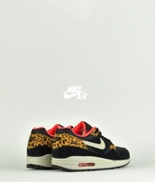 shoes,nike,nike shoes,air max,black,leopard print