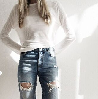 jeans high waisted top light blue ripped jeans minimalist classy beautiful long sleeve white top