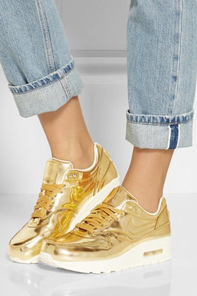 shoes shiny gold nike