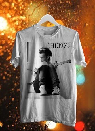 t-shirt the 1975 band british black white matt healy