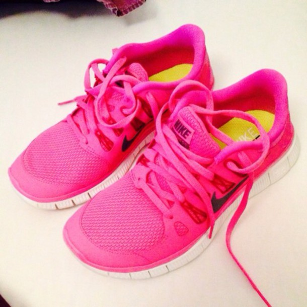 01c4251b2cee shoes pink nike free run black