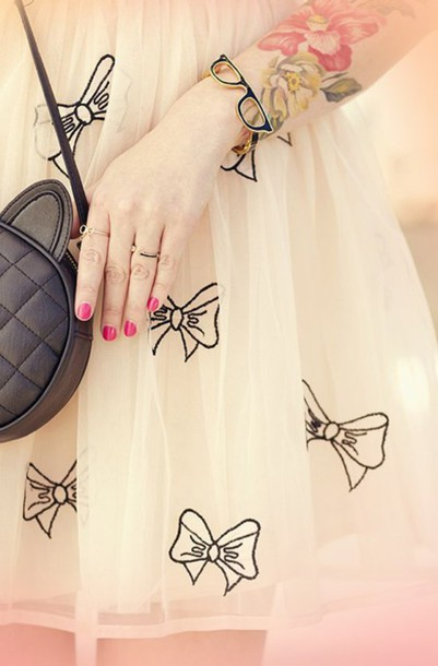 dress eggshell white bows