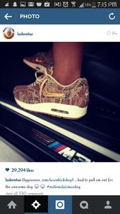 shoes,nike,nike air,gold,gold shoes,khaki,white,snake skin print,alligator,brown shoes,black,hair accessory