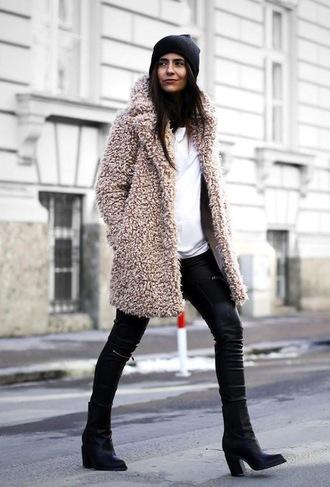 le fashion image blogger fall coat fuzzy coat beige fluffy coat teddy bear coat pants leather pants black leather pants beanie black pants sweater white sweater