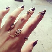jewels,ring,knuckle ring,jewelry,gold,skull,gold ring,gold midi rings,ring and ting,love ring,nails,black nails,sexy,cute,lovely,hair accessory
