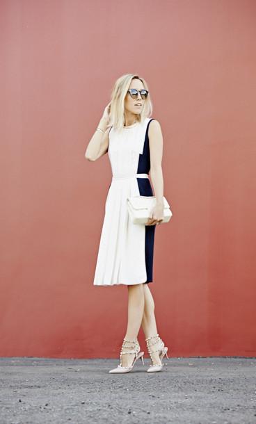 damsel in dior shoes jewels sunglasses bag