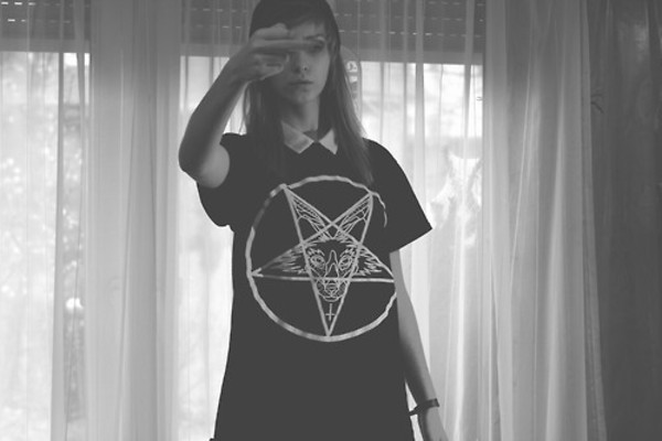 t-shirt clothes devil satan pentagram grunge