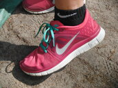 shoes,socks,nike,pink,laces,running,athletic,swoosh,sports shoes,womens shoes,women,nike shoes,nike sneakers,nike free run 3,nike free run,summer sports