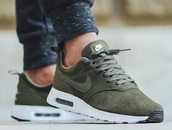 shoes,khaki,nike,green,nike shoes,nike sneakers,army green,army green shoes,green sneakers,air max,sneakers