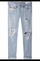 jeans,boyfriend jeans,denim,blue,ripped,ripped jeans,distressed boyfriend jeans,loose jeans