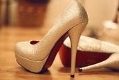 shoes,pumps,gold,heels,high heels