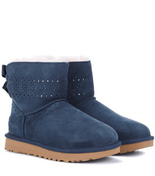 boot blue shoes
