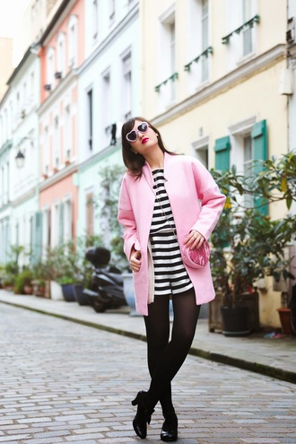 meet me in paree blogger pink sunglasses heart sunglasses pink coat stripes heart coat shoes bag sunglasses