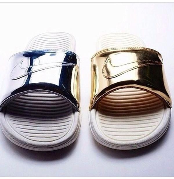 2df4ec367048 Nike Benassi Solarsoft Slide Gold
